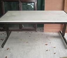 desks1